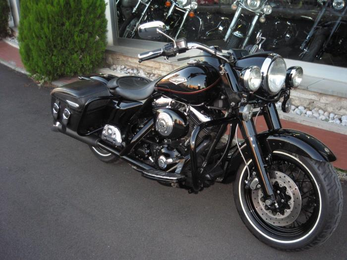 sold worldwide popular brand newest collection Harley-Davidson Livorno :: road king classic 2001